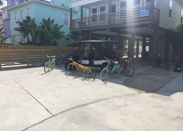 At Last: PRIVATE POOL, FREE 6 Seat Golf Cart, Boat Parking, 4/3, Outdoor TV - Image 1 - Port Aransas - rentals