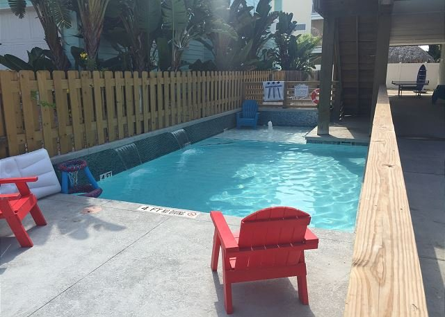 Private Pool - At Last: PRIVATE POOL, *FREE 6 Seat Golf Cart, Boat Parking, 4/3, Outdoor TV - Port Aransas - rentals