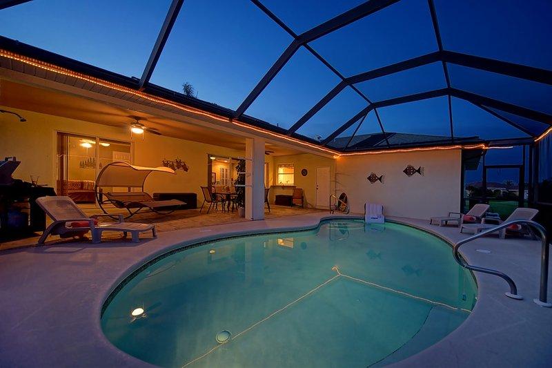 Enjoy Villa Palm Tree - VILLA PALM TREE - Wonderful Pool & Tropical Garden - Cape Coral - rentals