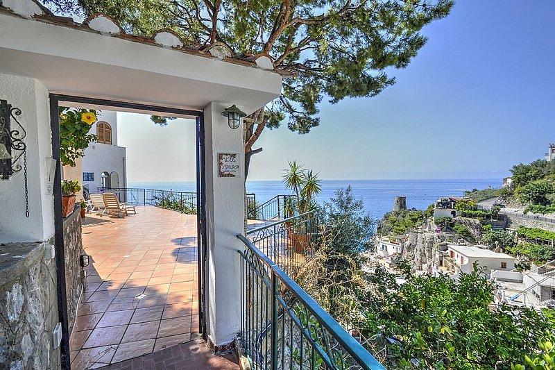 Villa Passione - Image 1 - Praiano - rentals