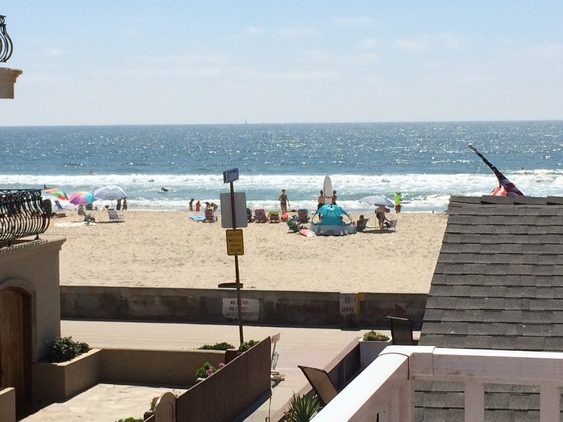 Amazing views from upstairs bedroom and balcony! - Best Mission Beach Location, Steps to Sand, Views! - Pacific Beach - rentals