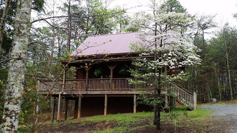 log cabin in secluded location in private gated community. Access to private lake,beach,river - Doves Way Mountain Retreat - Lake Lure - rentals