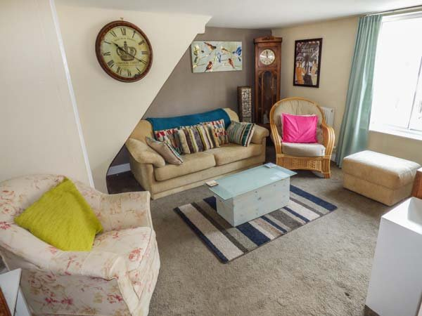 THE LOFT, three-storey townhouse, Smart TV, WiFi, walks in the area, in Winchcombe, Ref 934398 - Image 1 - Winchcombe - rentals