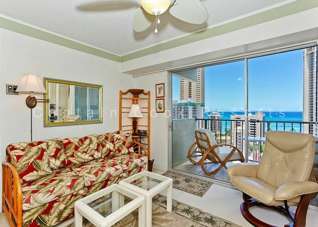 Great Ocean View, central A/C, 5 min. walk to beach!  Sleeps 4. - Image 1 - Waikiki - rentals