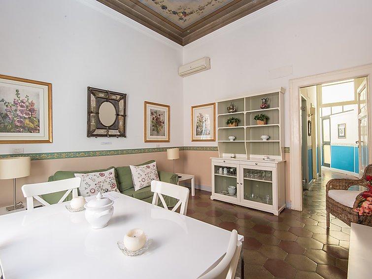 5 bedroom Apartment in Rome Historical City Center, Lazio, Italy : ref 2008996 - Image 1 - Colonna - rentals