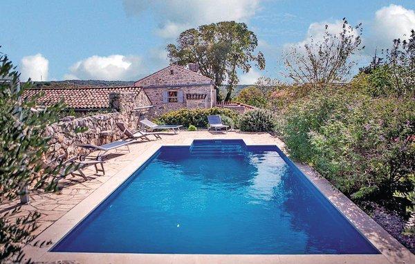 4 bedroom Villa in Krk-Kapovci, Island Of Krk, Croatia : ref 2219693 - Image 1 - Kapovci - rentals