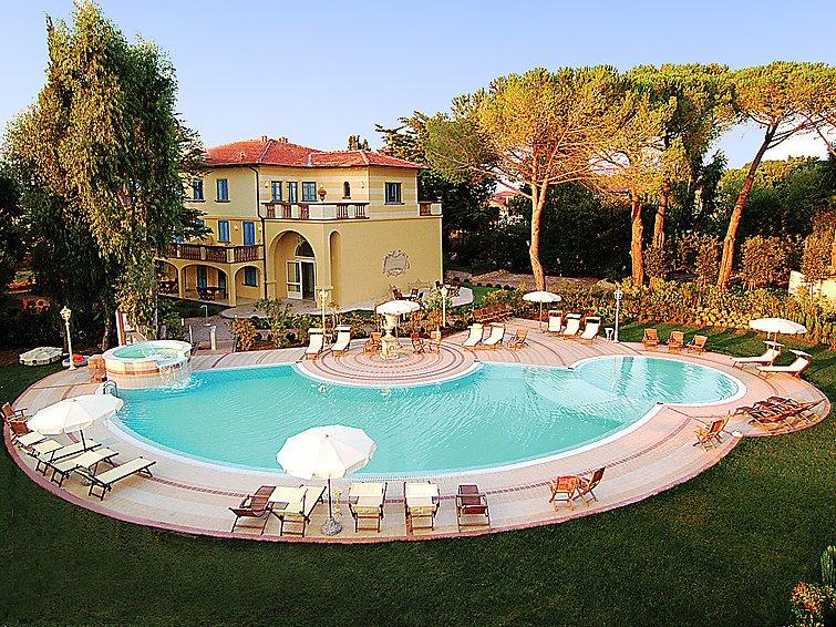 Stay in Livorno Sea