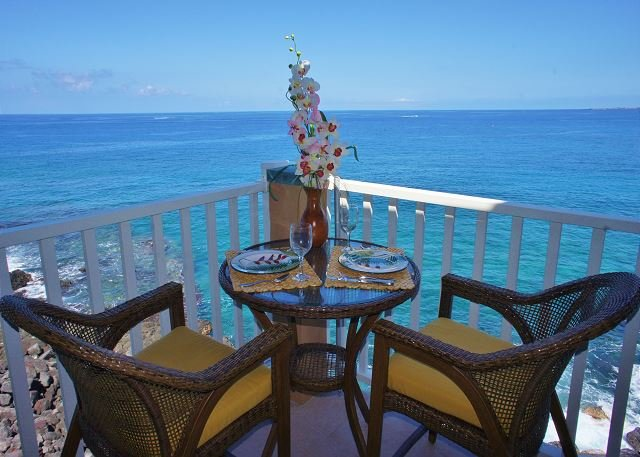 Ocean Front Lanai - Watch for Dolphins from the Lanai! - Kailua-Kona - rentals