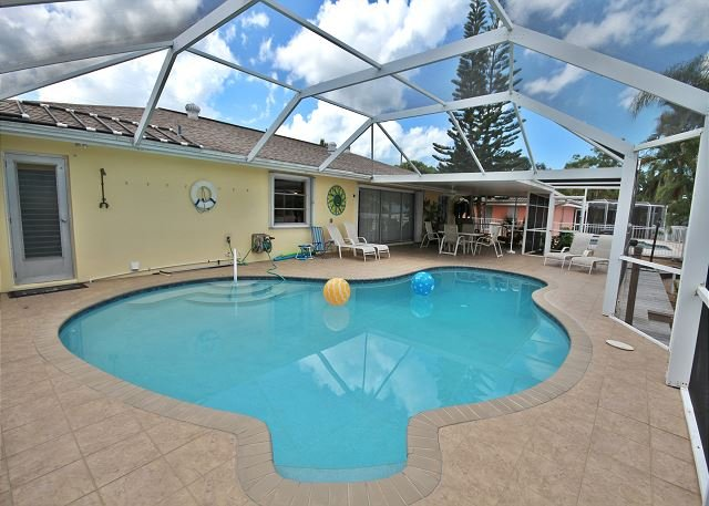 405 Madison Crt - Image 1 - Fort Myers Beach - rentals