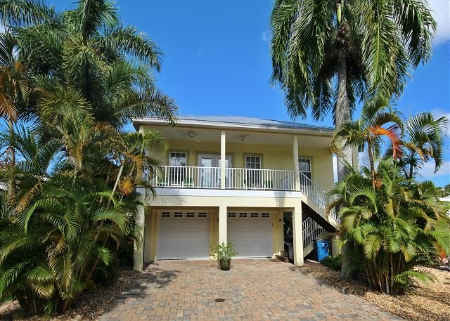 241 Pearl Street - Image 1 - Fort Myers Beach - rentals