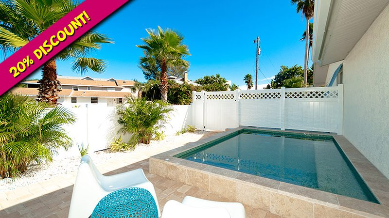 Ask About Our Discount! - Anna Cabana A: 2BR North End Pool Home - Anna Maria - rentals