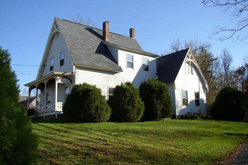 Tastefully renovated 1874 farmhouse - Image 1 - Bethlehem - rentals