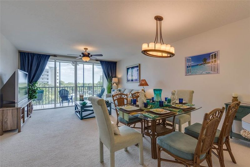 Hibiscus Pointe 632, 2 Bedroom, Canal View, Elevator, Heated Pool, Sleeps 6 - Image 1 - Fort Myers Beach - rentals