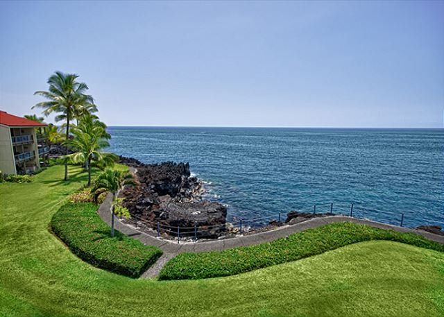 The view is spectacular from this unit.  - KKSR3202 DIRECT OCEANFRONT, Spacious, 2nd Flr - Kailua-Kona - rentals