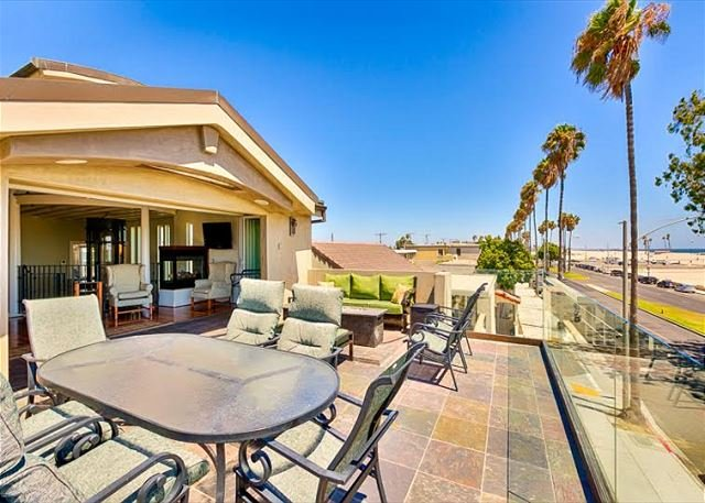 15% OFF OPEN SEPT DATES- Luxury Home in Belmont Shores W/ XL Relaxation Deck! - Image 1 - Long Beach - rentals
