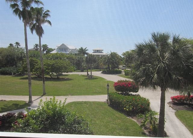 Bayside villa with exceptionally nice decor with dock access - Image 1 - Cape Haze - rentals