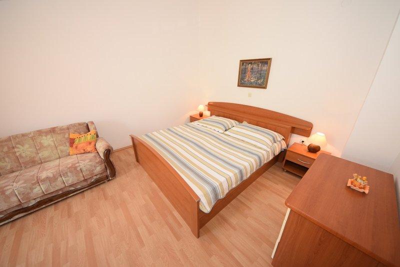 Family-friendly apartment EMMA  7 ( 2+2 ) - Image 1 - Orebic - rentals