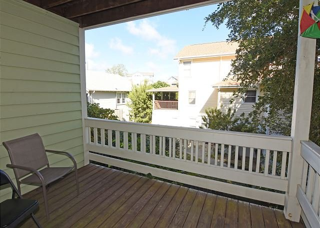 O'Bryant - Deck - O'Bryant -   Chill out enjoy your vacation and have Good Times and Happy Days - Wrightsville Beach - rentals