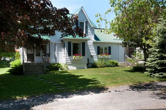 Addyton House - Image 1 - Prince Edward County - rentals