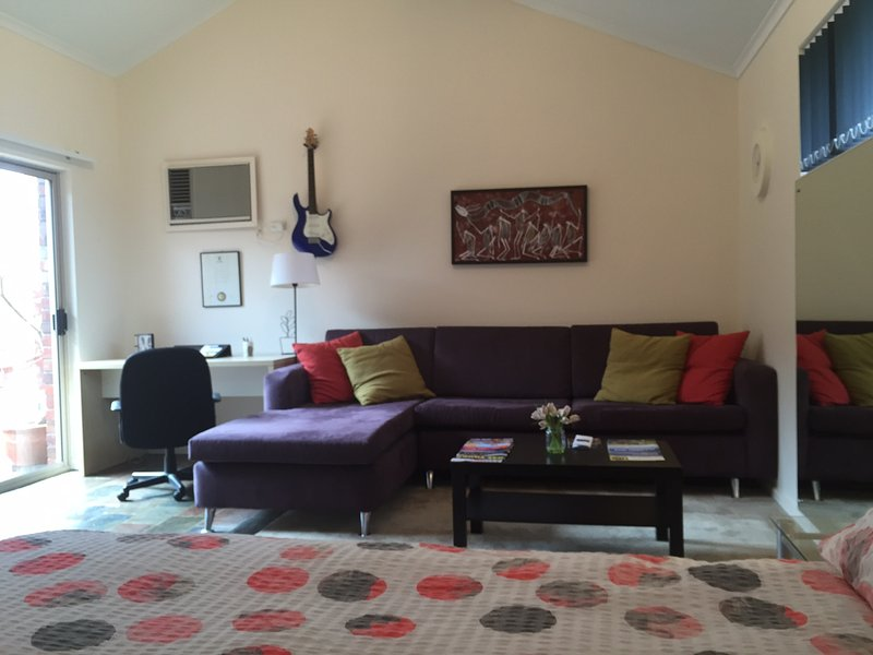 Spacious and Private - Image 1 - Adelaide - rentals