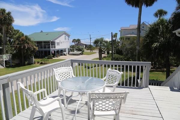 "602 Pompano St - ""Oconee Bell"" - Image 1 - Edisto Beach - rentals"