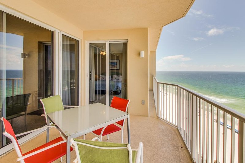 Oceanfront condo w/shared pool & hot tub and room for eight - Image 1 - Panama City Beach - rentals