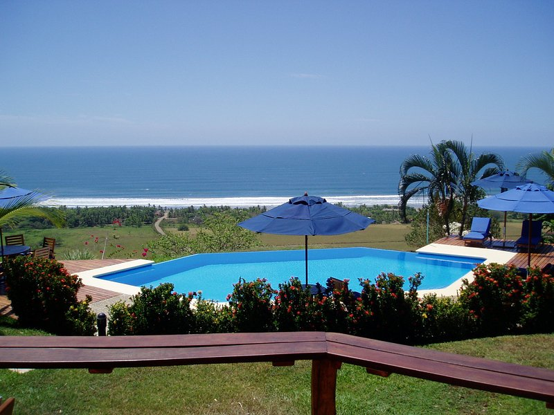 Barefoot Beach Luxury - Perfect for small groups! - Image 1 - Playa San Miguel - rentals