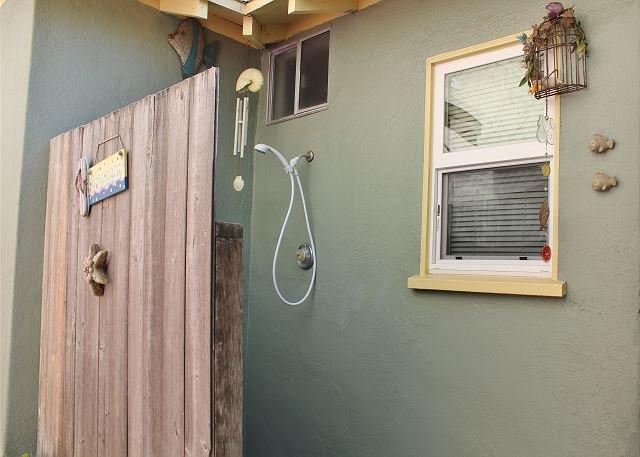 Outdoor Shower - Come and enjoy the beach! - Oxnard - rentals