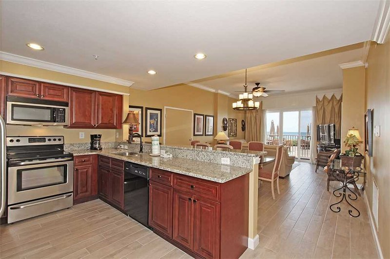 Inn at Crystal Beach #103 - Image 1 - Destin - rentals