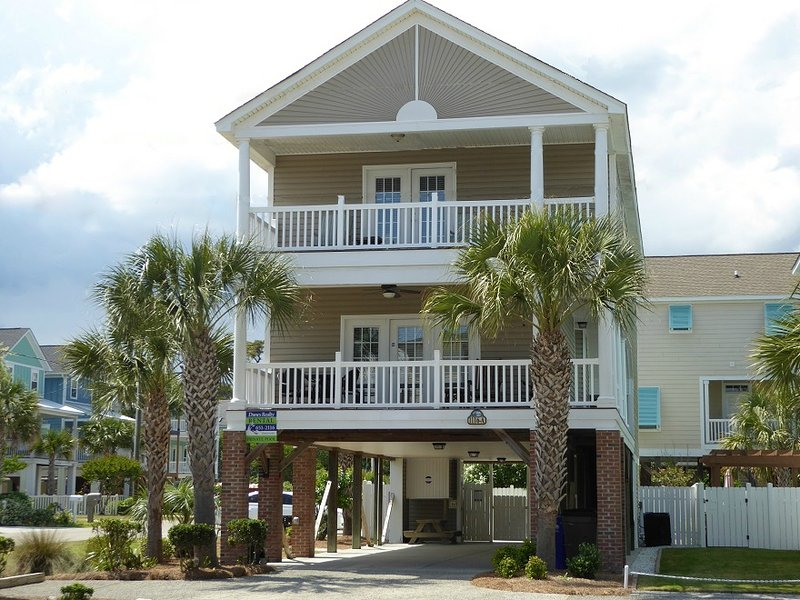 Welcome to Abe's Corner!  5BR, 5BA second row home at Surfside Beach, SC. - Abe's Corner: 5BR 5BA, 2nd Row, Private Pool! - Surfside Beach - rentals