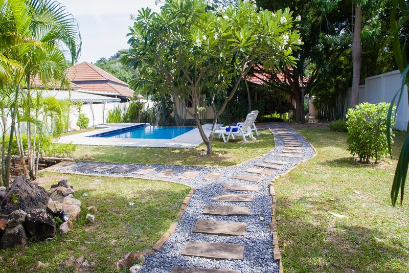 Swiss Garden - Privacy with Large Private Pool - Image 1 - Choeng Mon - rentals
