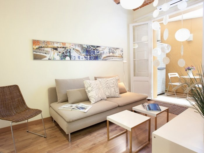 Charming apartment in Gracia area perfect for small families - Image 1 - Barcelona - rentals