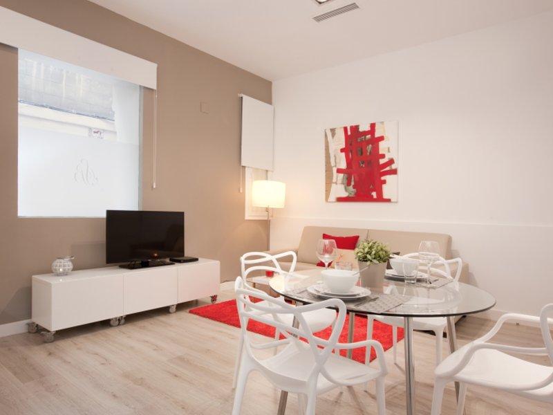 1 bedroom luxury apartment in Barcelona center located next to Paseo de Gracia. - Image 1 - Barcelona - rentals