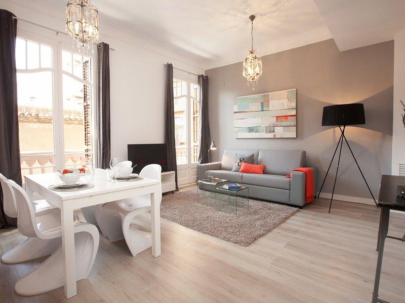 2 bedroom luxury apartment in Barcelona center - Image 1 - Barcelona - rentals