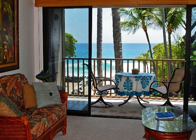 WOW! Look at that view! See the waves crashing being direct oceanfront!  - Amazing Oceanfront Kona Isle D21 - Kailua-Kona - rentals