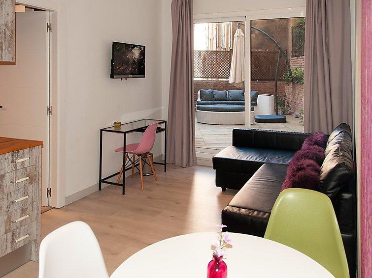 1 bedroom Apartment in Barcelona, Barcelona, Spain : ref 2298663 - Image 1 - Barcelona - rentals