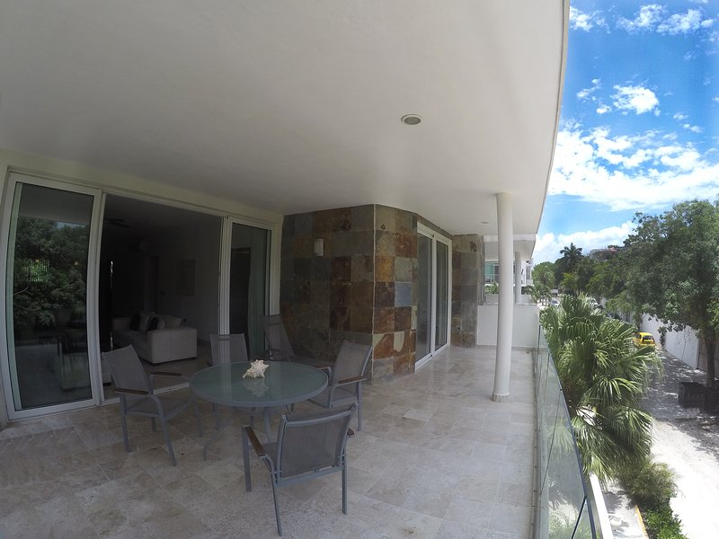 Best Price and Best location at Playa Del Carmen - Image 1 - Playa del Carmen - rentals
