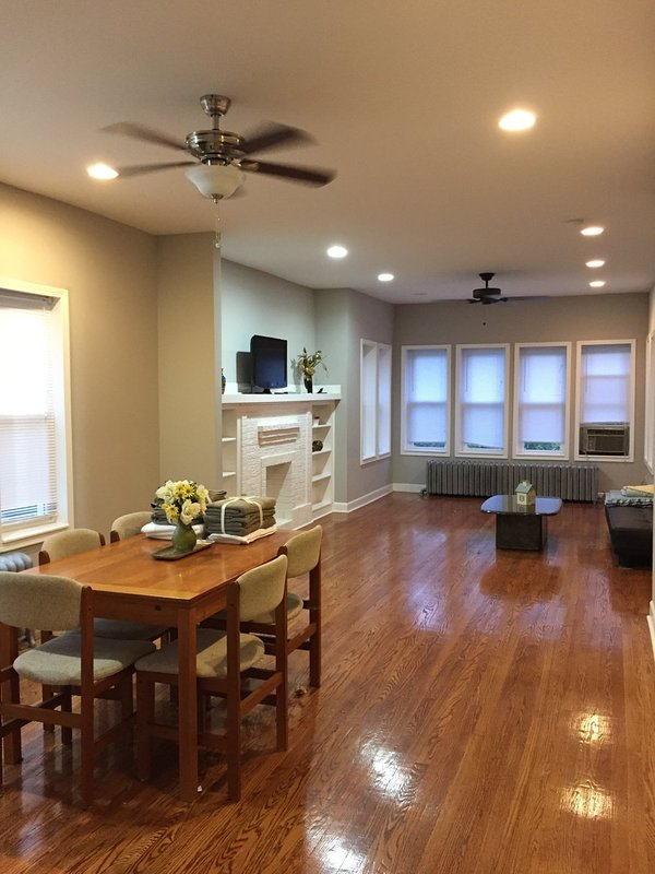 Furnished 3-Bedroom Apartment at W Lawrence Ave & N Lowell Ave Chicago - Image 1 - Lawrence - rentals