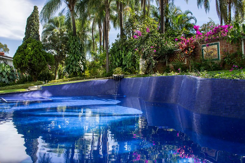 40ft. pool/Alberca de 13 mts. - Villa Escondida-Your Private Mexican House w/ Trop - Cuernavaca - rentals