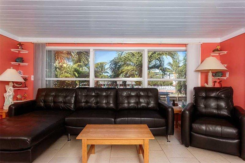 Dolphin Hideaway, 3 Bedroom, Private Heated Pool, Boat Dock, Sleeps 6 - Image 1 - Fort Myers Beach - rentals