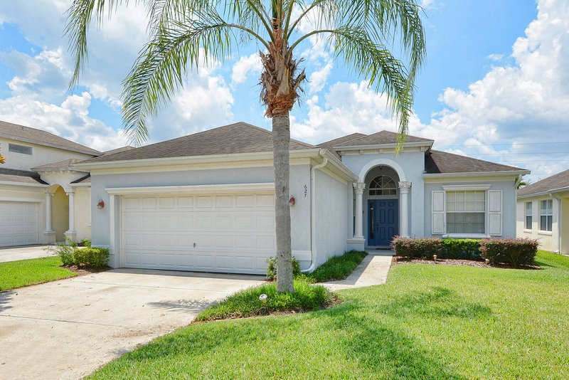 Our Florida Home - Gated Lakeside Community - South Facing Pool & Spa - Haines City - rentals