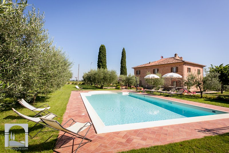 Giardino di Diana:pool in a unique flower garden. - Image 1 - Cortona - rentals