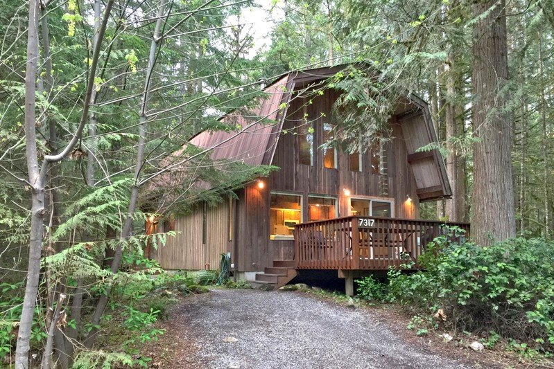 08GS - 08GS Pet Friendly Cabin with a Sauna and WiFi - Glacier - rentals