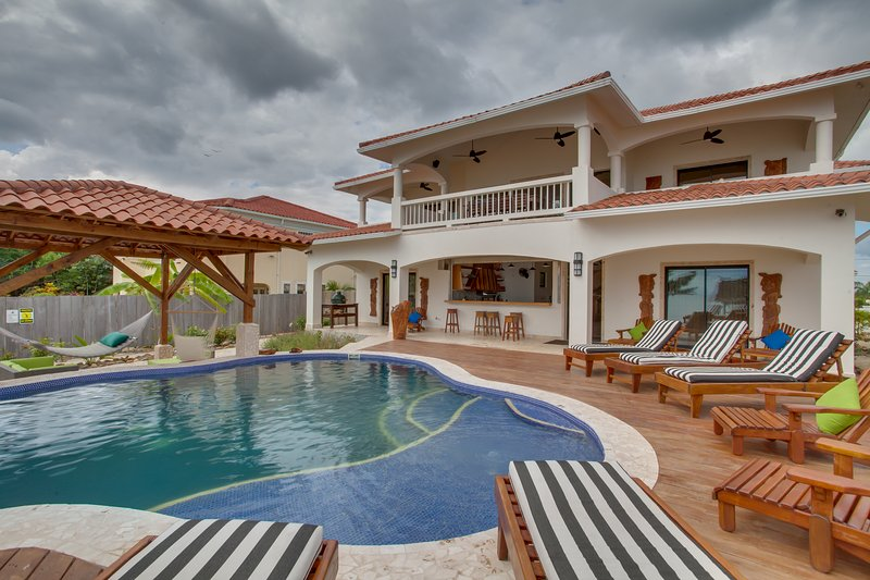 5 Bedroom Private Beach Front Custom Home with Pool - Image 1 - Placencia - rentals