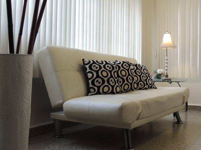 Condado Metrópolis Apartment - Up to 6 guests - Image 1 - San Juan - rentals