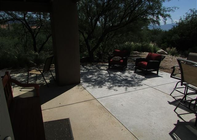1st Floor 3 bedrm Corner Condo with Mountain Views- EXTENDED private patio! - Image 1 - Tucson - rentals