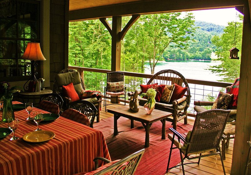 Luxury Lakefront Cabin - Fox Hollow Cottage - Image 1 - Cullowhee - rentals