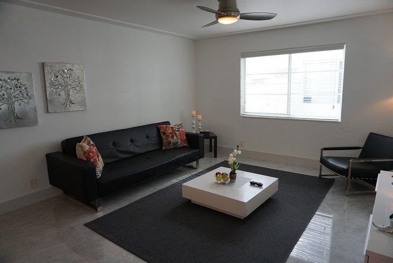 Beautiful condo in South Beach - Image 1 - Miami Beach - rentals