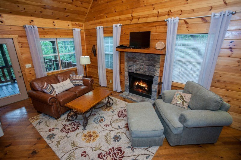 Newly Redecorated Cozy Living Room - Shanty Creek - Newly redecorated! Better than ever! Perfect cabin for two with covered hot tub! - Chatsworth - rentals