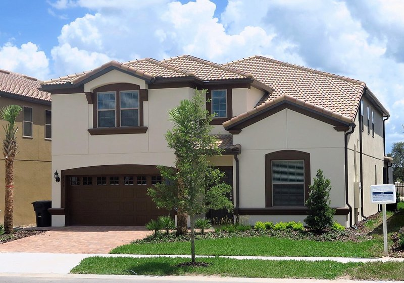Brand New 8 BR/6 BA house at Windsor of West Side - Image 1 - Kissimmee - rentals